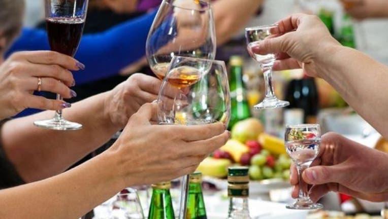 cheers-drinks-alcohol-beer-party.jpg