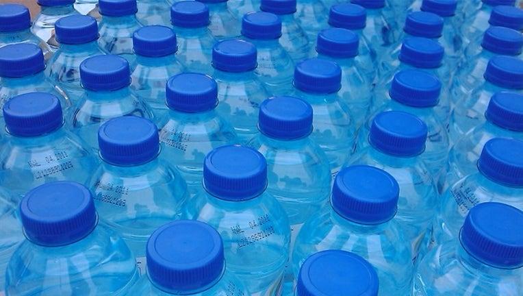 Water Bottles banner RICARDO-ZONE41.NET-FLICKR_1561144840237.png-400801.jpg