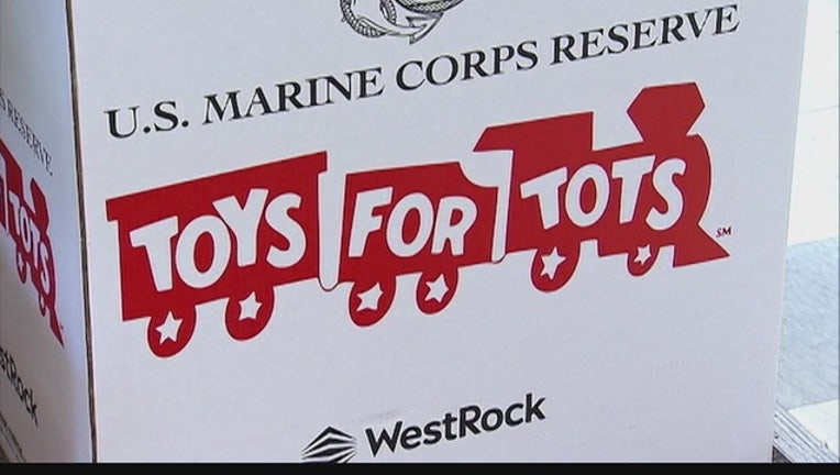 fc50e9a0-toys-for-tots_1449749869386.jpg