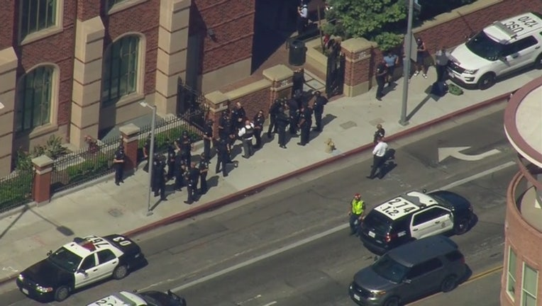 'Shots fired' call prompts evacuation at USC campus-407068.jpg