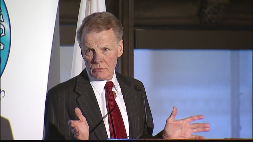 As committee bickers over subpoenas, Mike Madigan faces challenge