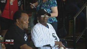 112-year-old White Sox fan enjoys day at the ballpark