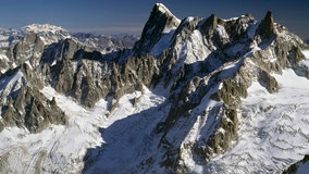 A glacier on Mont Blanc could collapse any moment. Experts blame climate change.