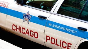 2 Chicago police officers hurt in NW Side crash