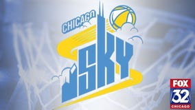 DeShields leads Chicago Sky 105-75 rout of Mercury in playoff opener