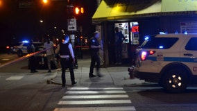 3 shot, including two 14-year-olds, in Chicago