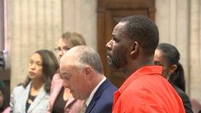 Judge won't return R. Kelly bond money to woman who paid it