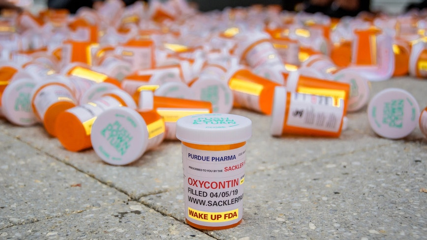 After bankruptcy filing, Purdue Pharma may not be off hook