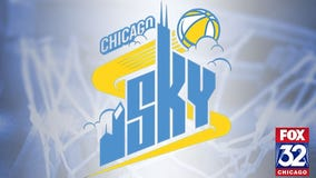 Candace Parker makes home debut, helps Sky end losing streak