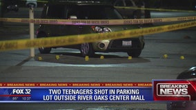 Woman, teen killed in shooting outside River Oaks Center in Calumet City