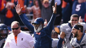 Illinois has shot to earn bowl bid for 1st time under Smith