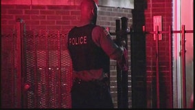 Homeowner shoots intruder in Albany Park home invasion