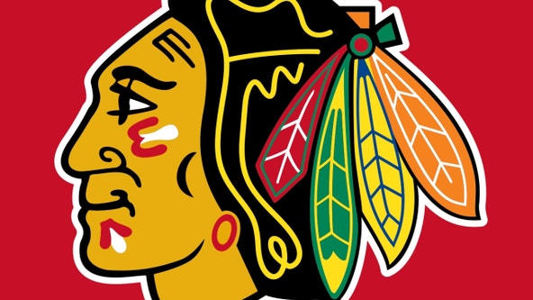 Blackhawks beat Bruins 4-3 in OT