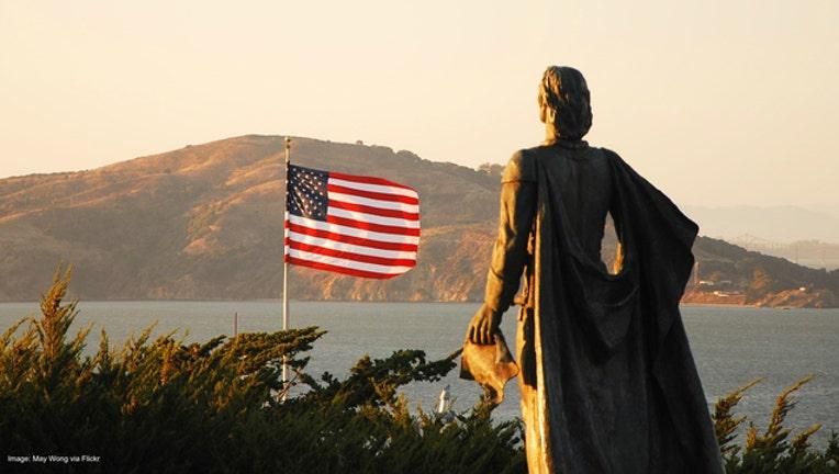 c0e3eec6-Christopher Columbus statue at Coit Tower, San Francisco