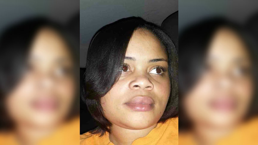 White police officer kills black woman inside her own home while she was watching her 8-year-old nephew