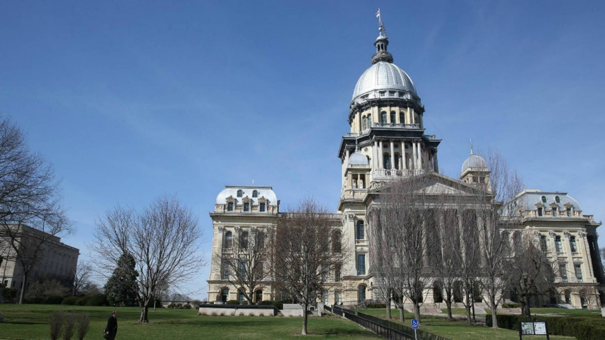 Illinois revenues drop $1.1B in fiscal 2020 due to COVID-19 pandemic
