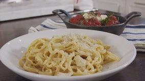Holiday Helpings: Cacio e Pepe