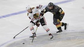 Fleury returns, leads Vegas to 5-1 win over Blackhawks
