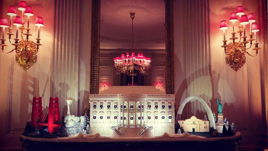 white-house-christmas-3.jpg