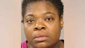 Woman charged in fatal knife attack at Englewood grocery store