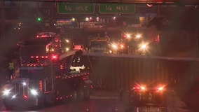 Dan Ryan local lanes reopen after truck overturns, spills trash near Skyway