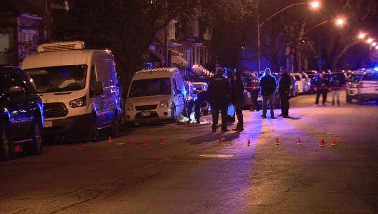 Chicago police investigate shooting that left two men dead and two wounded