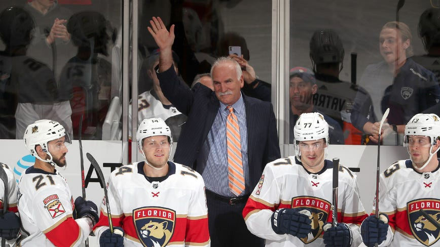 Joel Quenneville coaches Panthers to 4-3 win over Blackhawks