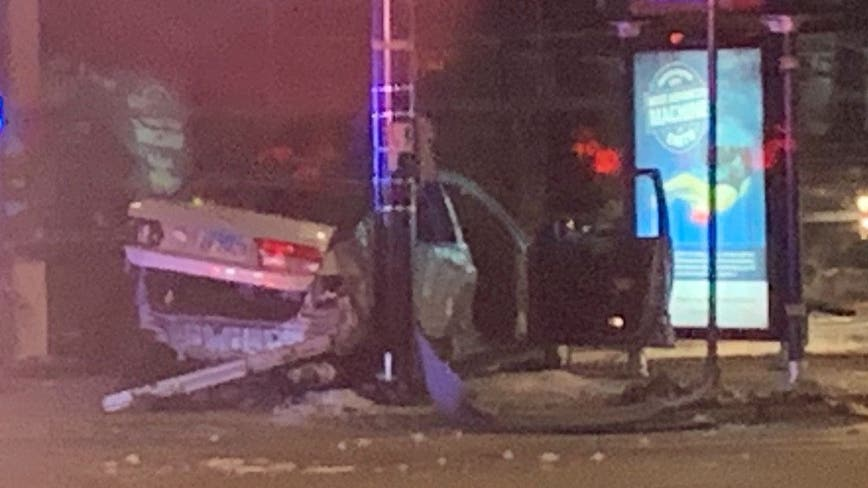 Logan Square shooting leads to police chase ending with crash in Ravenswood
