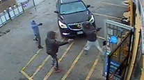 Chicago police release video of suspects in fatal convenience store shooting