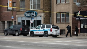 Chicago cops fatally shoot gunman after Lake View shooting near bar: police