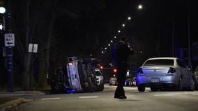 2 Chicago police officers hurt in South Chicago rollover crash