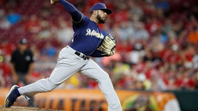 Cubs reach $850,000 one-year deal with Jeremy Jeffress
