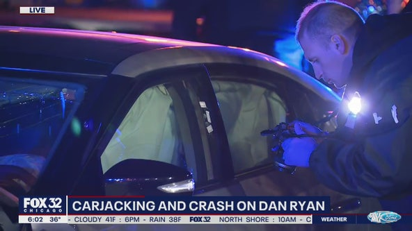 Driver carjacked after stolen vehicle crashes on Dan Ryan: police