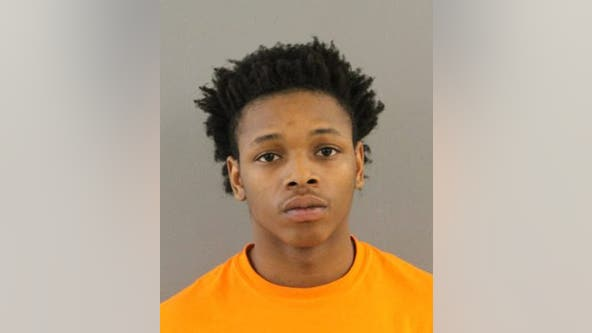 Trio charged with using dating app to meet and carjack man at gunpoint on Far South Side