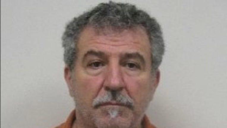 Moris Y. Polis jewelry theft suspect