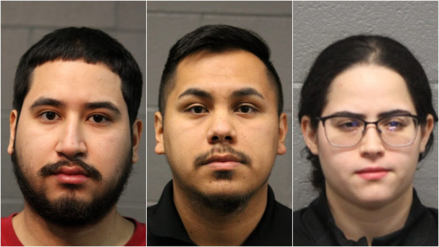 3 charged with armed robbery at Ukrainian Village cellphone store