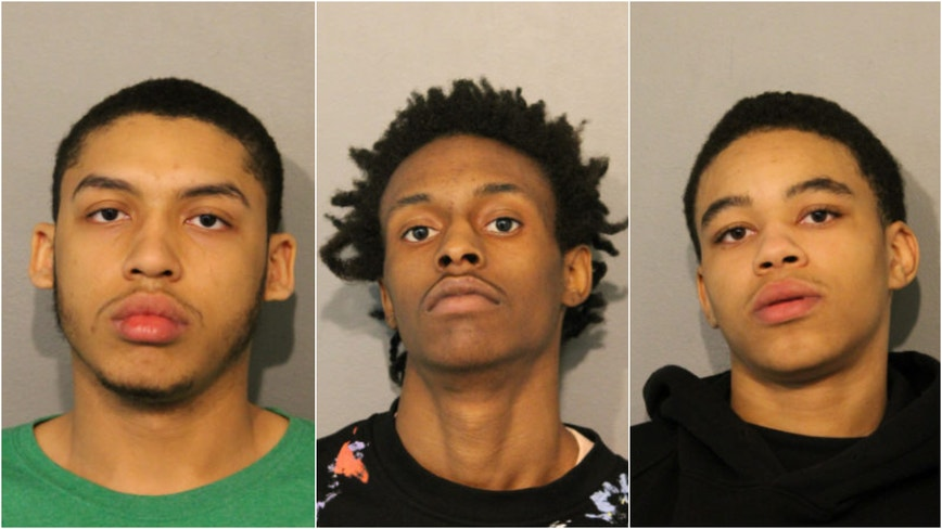 5 charged in Mag Mile H&M theft where suspects ran through Red Line tunnel