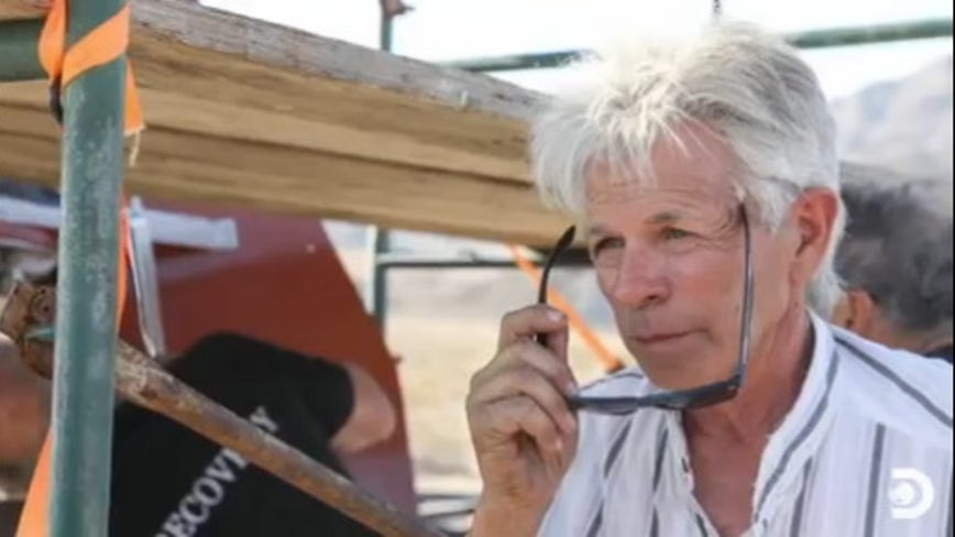 Daredevil 'Mad' Mike Hughes dies after rocket crash near Barstow