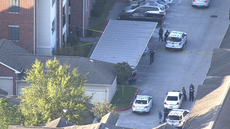 10-year-old boy shot in north Harris County