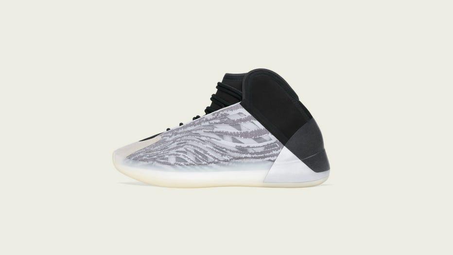 shoes kanye west yeezy