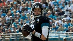Bears finalize trade with Jaguars for quarterback Nick Foles