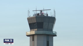 Midway control tower reopens as US airlines prepare for potential shutdown