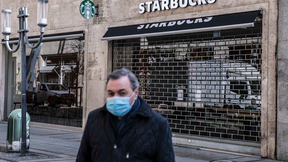 09e03247-Italy Continues Nationwide Lockdown To Control Coronavirus Spread