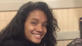Girl, 17, missing from North Center