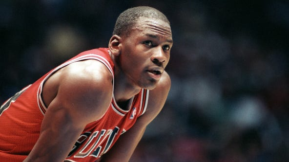 Basketball card case featuring Michael Jordan rookie sells for massive figure