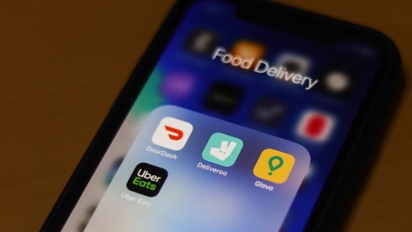 Food delivery drivers robbed at gunpoint in Austin