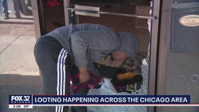 Chicago alderman tries to stop looters in Beverly neighborhood