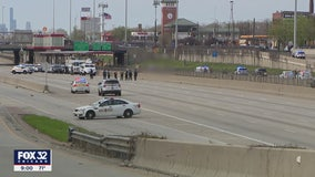 Man dies after hours-long standoff that shut down Red Line, Dan Ryan on South Side: police