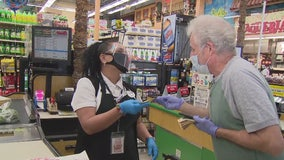 Local actor shares his stimulus check with grocery workers