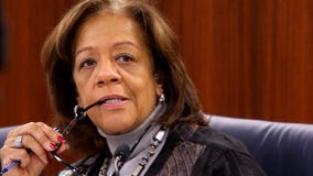 Convicted former Chicago schools chief Barbara Byrd-Bennett leaves prison